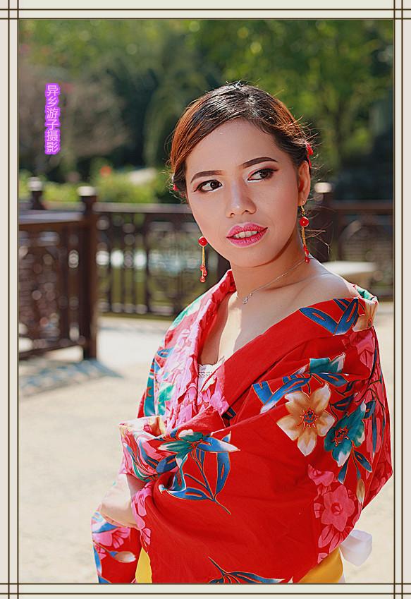 假日倩影____印尼女佣(红色和服装)原创