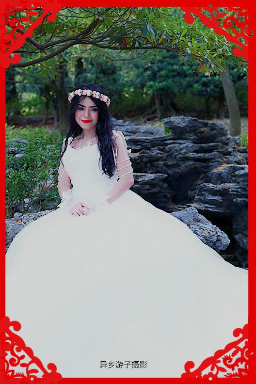 假日倩影____印尼女佣(花环、白色婚纱装)原创