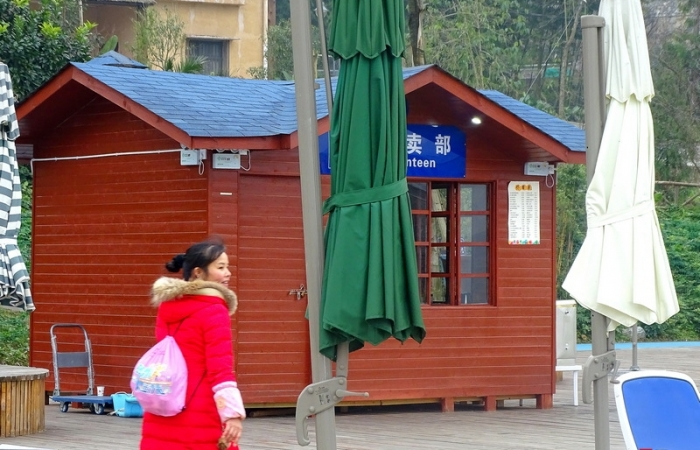 冬天,板辽湖的旅客