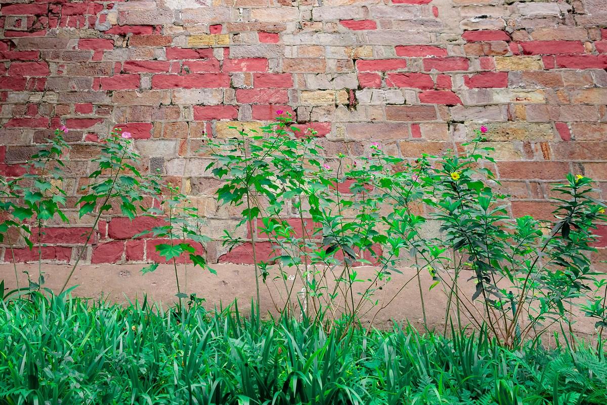 红石头砌的古城墙
