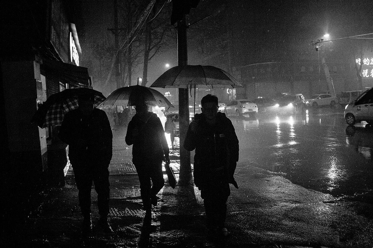 街拍19(一月三十日夜·雨夹雪2)