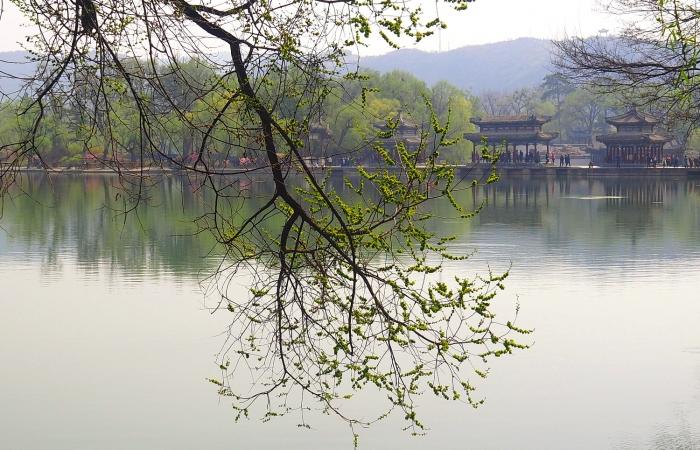 春日·避暑山庄2