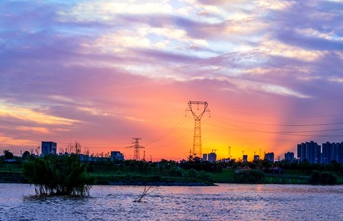日落红霞(摄于西安后海)
