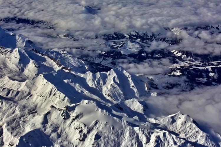 ★ 葡萄牙-西班牙时空影像系列(1)★★★★★ 阿尔卑斯山(上) ★ 巴塞罗那-法兰克福航拍